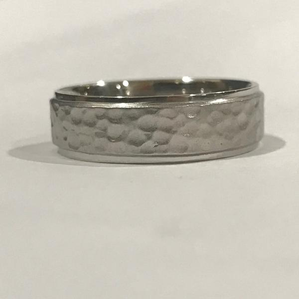 Hammered Platinum Wedding Band for Men JL PT 491
