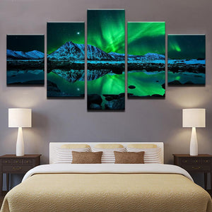 Green Aurora Borealis Lake Hill