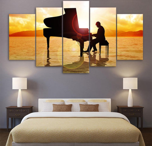 Sunset Pianoman