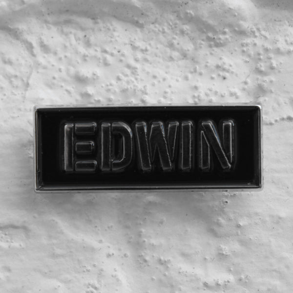 EDWIN Stencil Pin Badge Black/Silver