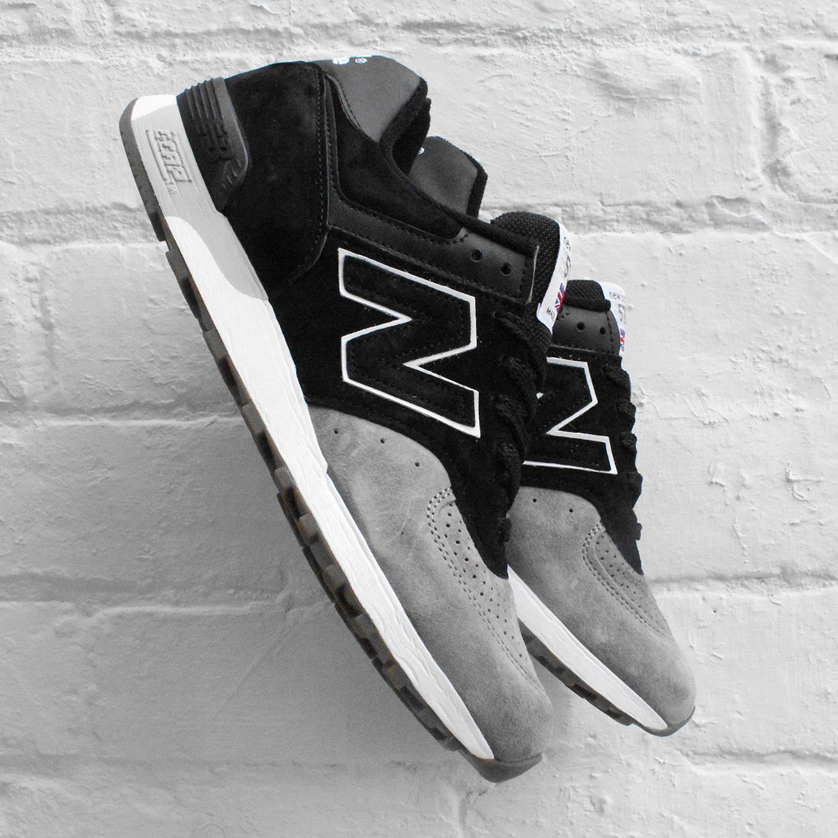 New Balance 576 Black / Grey M576PKG