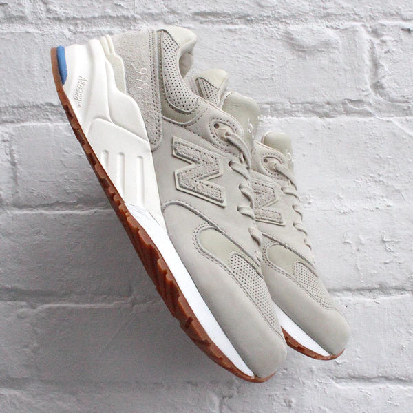 New Balance 999 Powder / Angora - ML999WEU