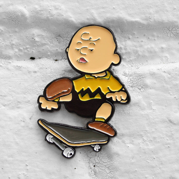 Pindejo One Foot Charlie Brown Pin Badge