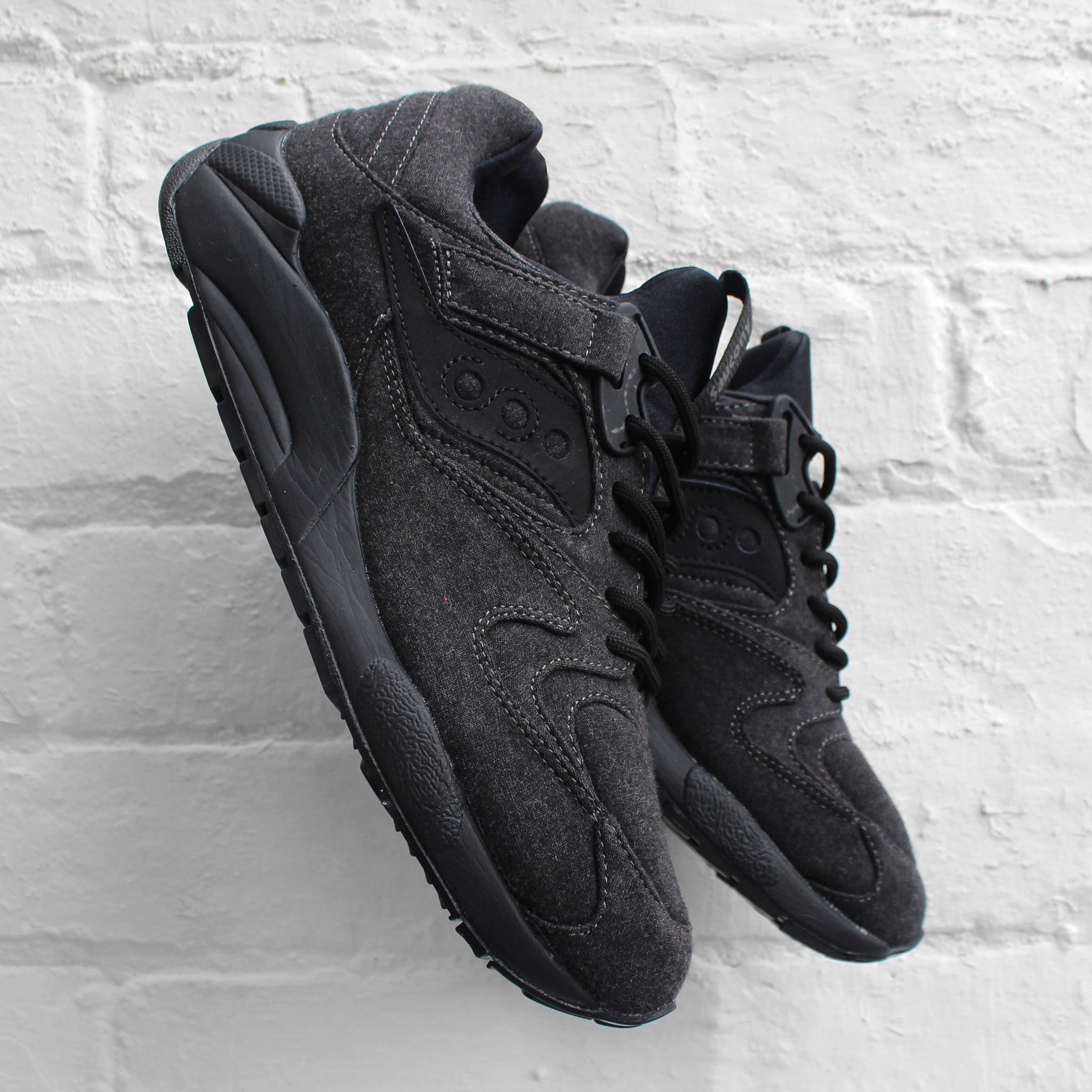 Saucony Grid 9000 Coated Jersey Black