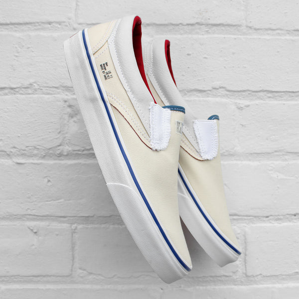 Vans Classic Slip-On Outside In Natural/Stv Navy/Red