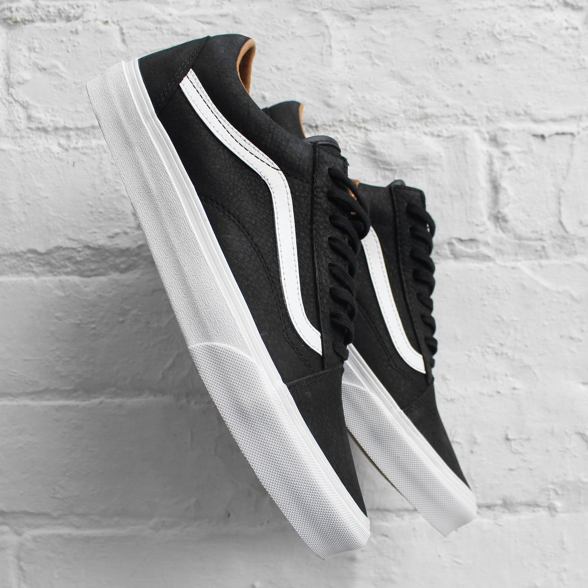 Vans Old Skool - Black/True White
