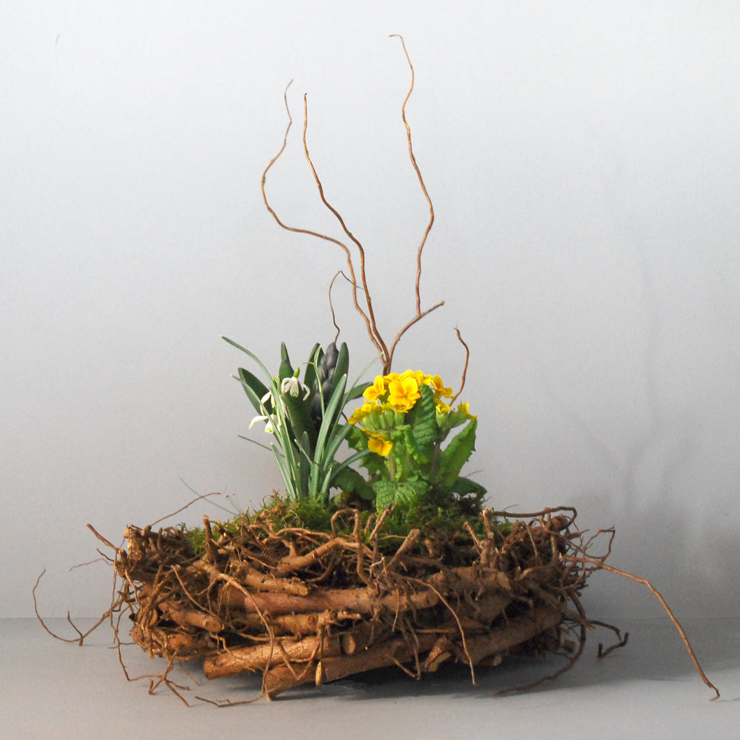 Small Spring Nest Basket