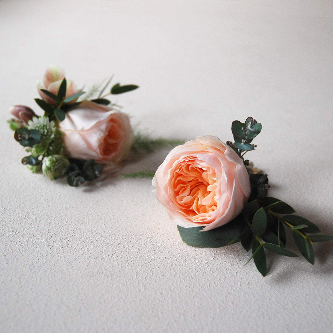 Meadow Buttonhole