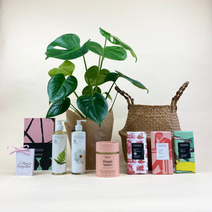 Happy Space Valentine's Gift Hamper (M)