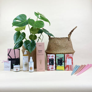 Happy Space Valentine's Gift Hamper (L)
