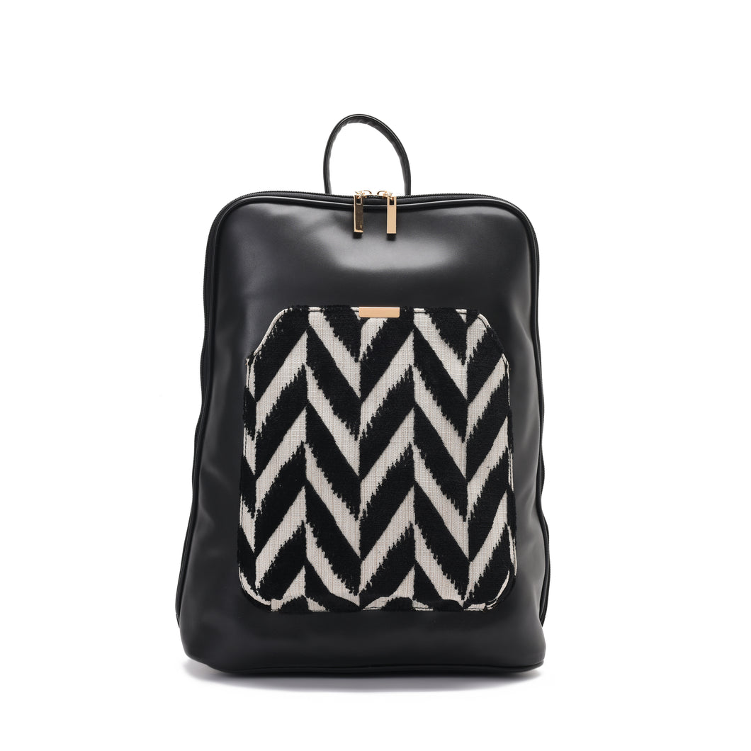Laptop Black with Black and White fabric Backpack/Cross - Code 2000