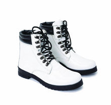 Load image into Gallery viewer, white Mirror Boots - 9001