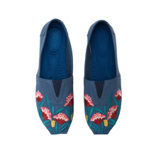 Load image into Gallery viewer, Tulip Navy Espadrilles- 5100