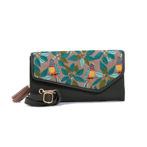 Portuguesa Green V clutch Bag - Code 735