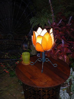 Handmade Eco-Friendly Outdoor Lotus Flower Lamp - available in 2 color options