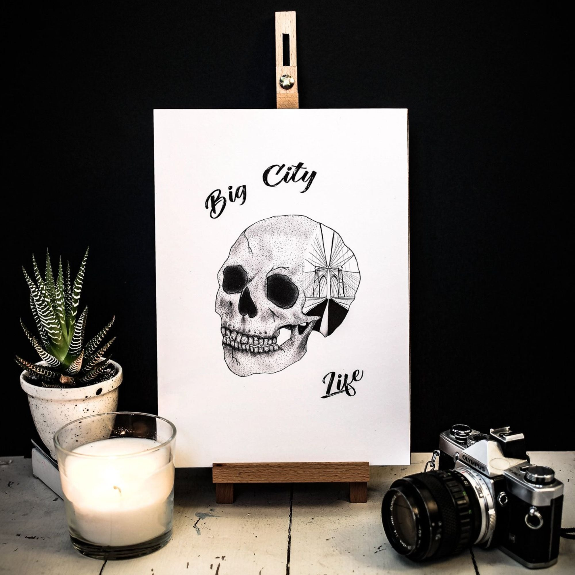 New York Skull Wall Print