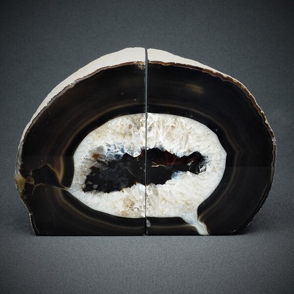 Black Agate Bookends - 2.260 kgs - Heavenly Crystals Online