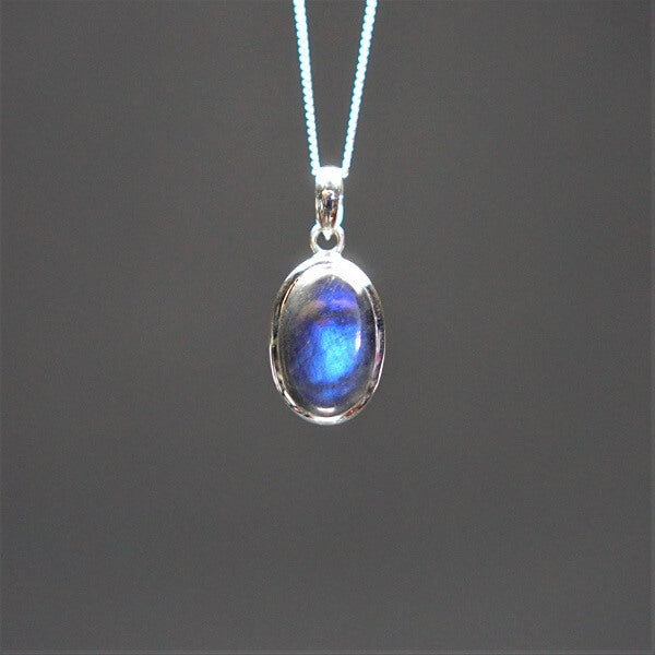 Labradorite Pendant 925 Sterling Silver - Heavenly Crystals Online