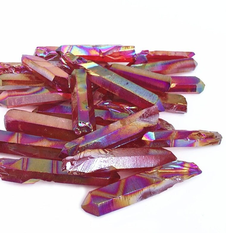 Red Aura Quartz Gridding Point - 50 grams in an organza pouch - Heavenly Crystals Online