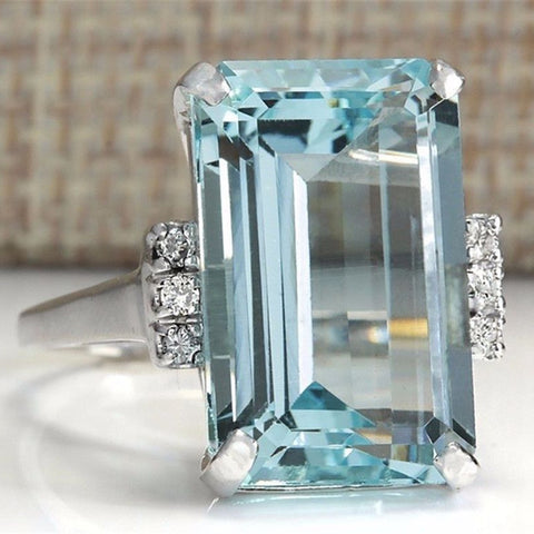 Women's Natural Aquamarine Ring