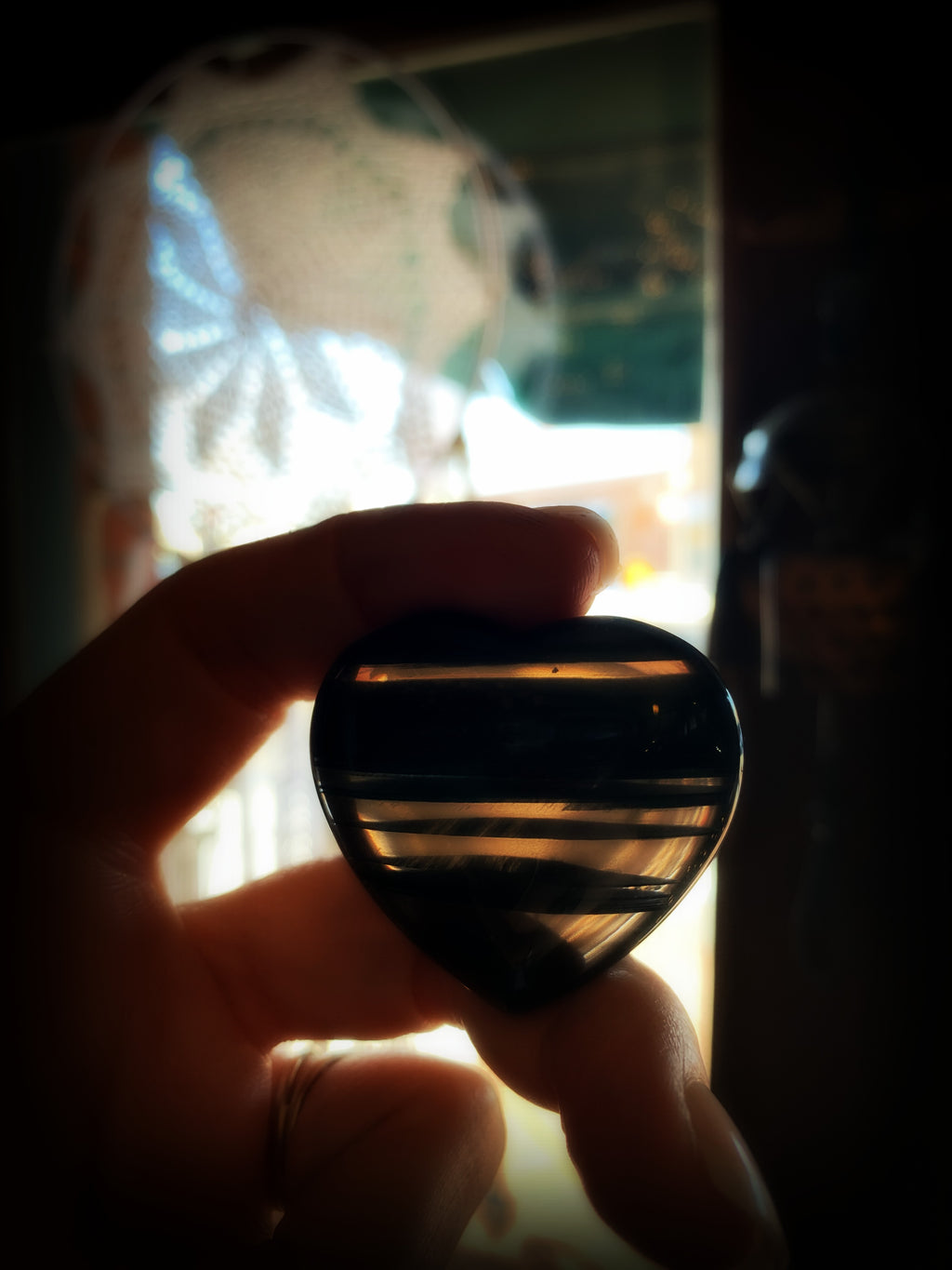 MIDNIGHT LACE OBSIDIAN CRYSTAL HEART ~ For Psychic Protection and Releasing Disharmony