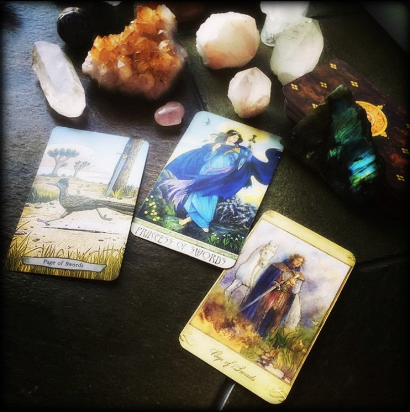 TAROT & ORACLE READING ~ Just a Glimpse ~ Through the Looking Glass