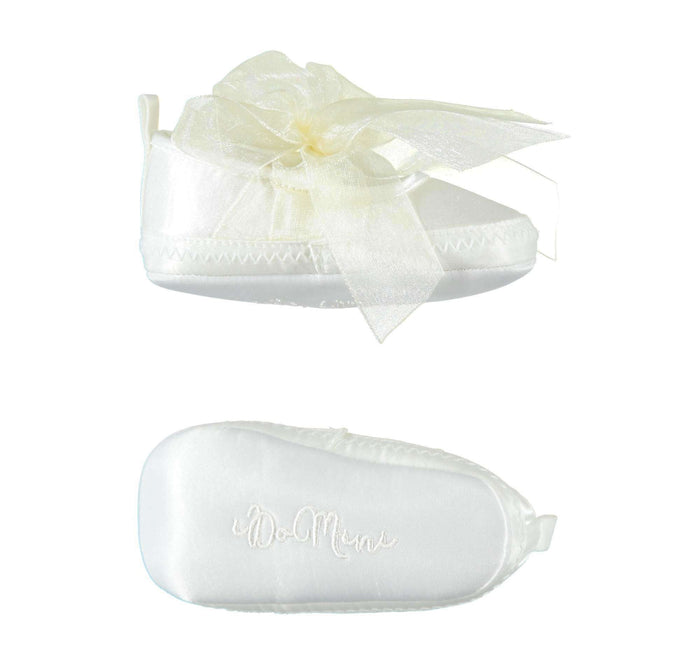 White Bow Shoes by IDO