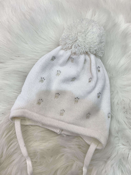 White Knitted Hat with Crowns