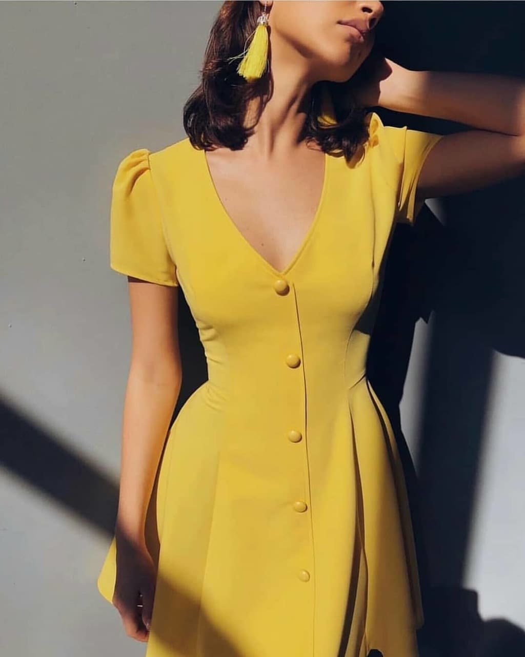 The Best Solid color V-neck short-sleeve single-row button high-waist dress Online - Source Silk