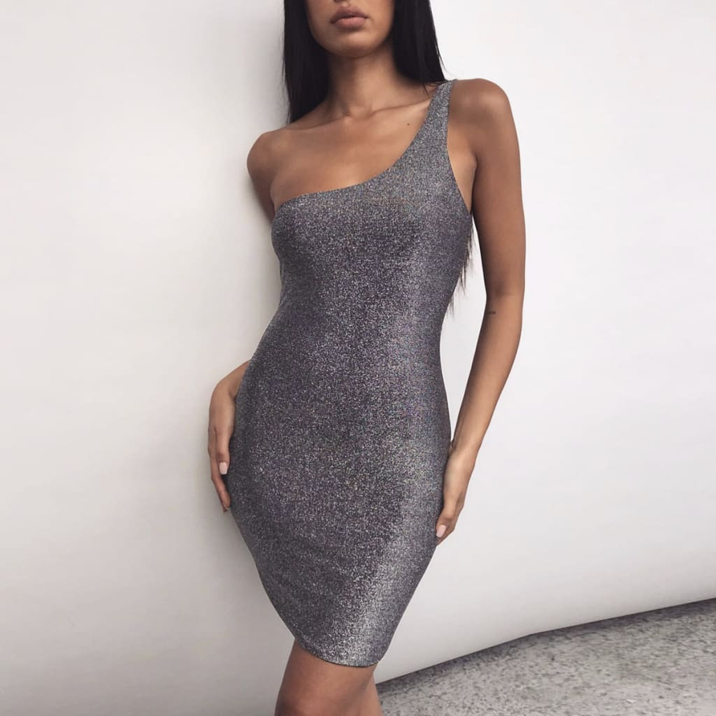 Bodycon Dress Women Sexy Shinny One Shoulder Sleeveless Short Mini Dresses Package Hip Slim Fit Ladies Casual Dress