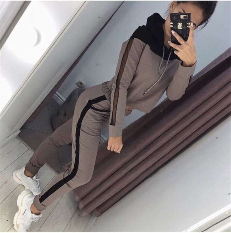 Two Piece Set Hoodies Suit Women Tracksuit Autumn Winter Long Sleeve Sweatshirt Top and Pants Suit Ladies Outfit Streetwear