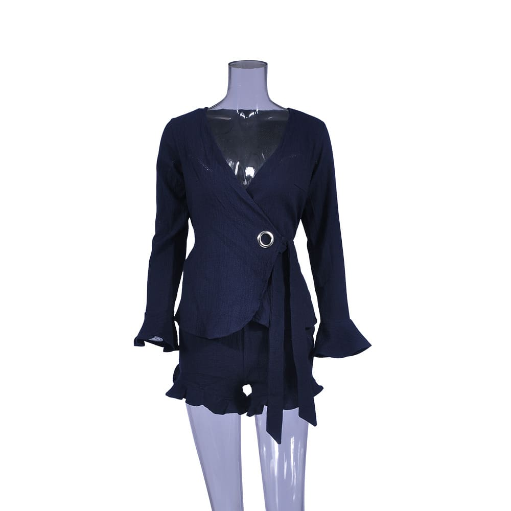 Womens explosion suit set trumpet sleeve cardigan shorts