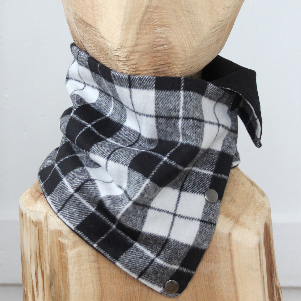 Snap Cowl Scarf No. 125