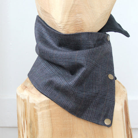 Snap Cowl Scarf No. 01
