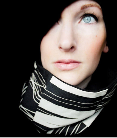 Cowl Scarf: Black and White