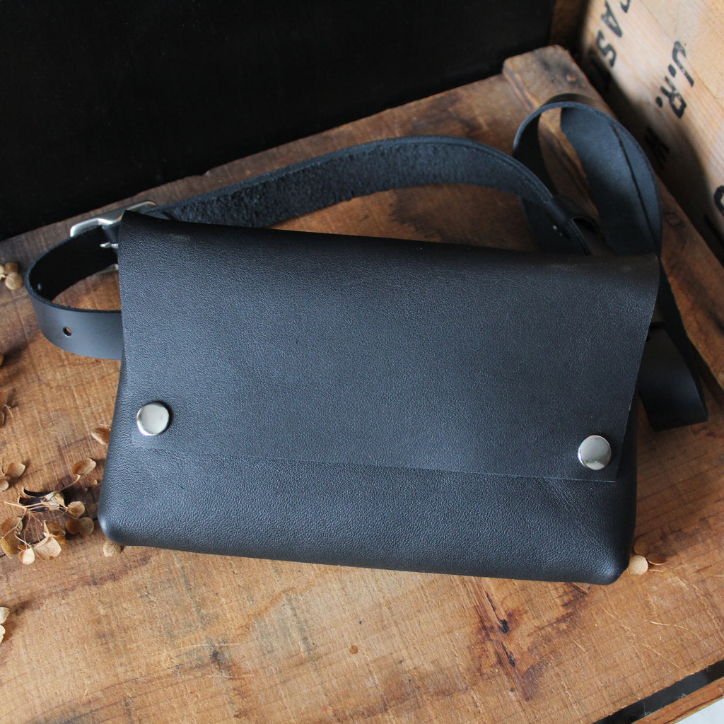 Luna Bag: Black & Silver