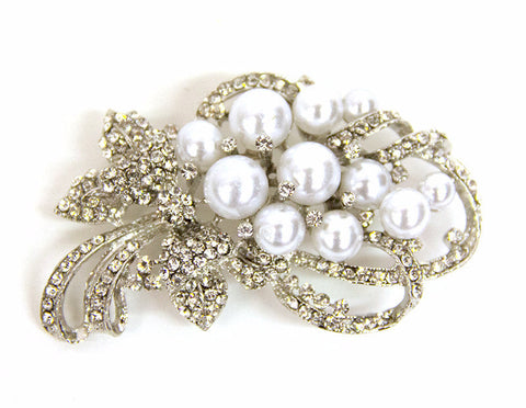 White Pearls & Stone Bouquet Brooch - Bonita Patterns