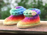 Knit-Look Braid Stitch Booties (Baby Sizes) - Bonita Patterns