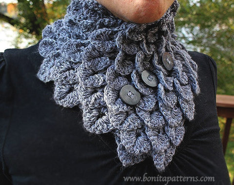 Crocodile Neckwarmer Scarf - Bonita Patterns