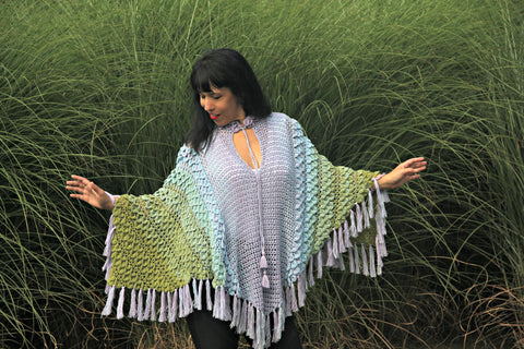 Crocodile Stitch Triangle Poncho - Bonita Patterns