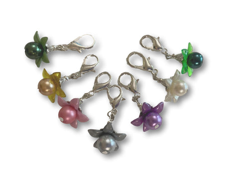 Flower F3 - #008 Set of 7 Stitch Markers
