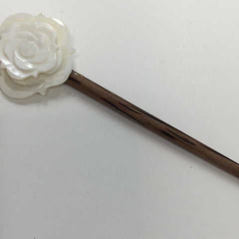 Hand Made Shell White Rose Shawl Stick - Bonita Patterns