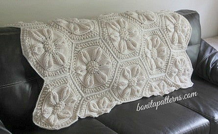 Embossed Daisy Blanket - Bonita Patterns