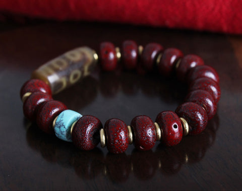 Lotus Seed Eight Eyes Dzi Tibetan Mala | MANTRAPIECE