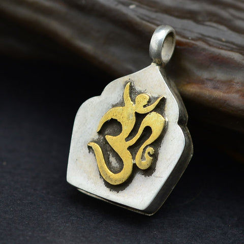 Om Mantra Locket Nepali Jewelry - Mantrapiece.com