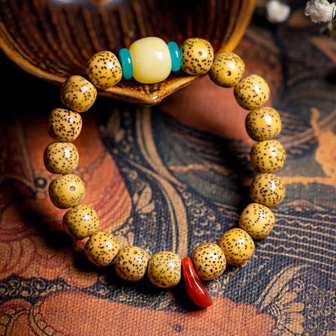Tibetan Beeswax Star and Moon Bodhi Wrist Mala | Mantrapiece.com