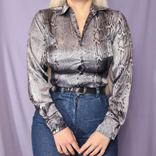 Load image into Gallery viewer, SALE ~ Vintage 90s Burgundy Red Top Size UK12/14