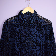 Load image into Gallery viewer, Vintage 90s Navy and Black Shirt Size UK14