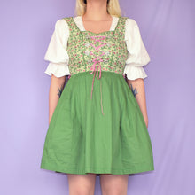 Load image into Gallery viewer, 90s Leopard Print Skirt