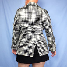 Load image into Gallery viewer, Vintage Black and White Dogtooth Coat Size UK10